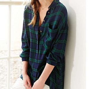 Urban Outfitters BDG   Blue and Green Flannel Top